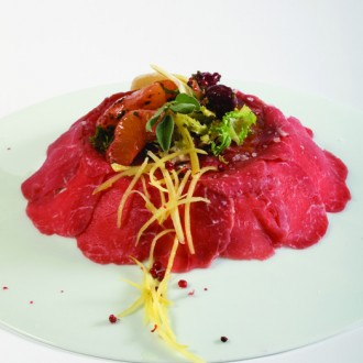 CARPACCIO WITH CHERRY AND CITRUS PASTE