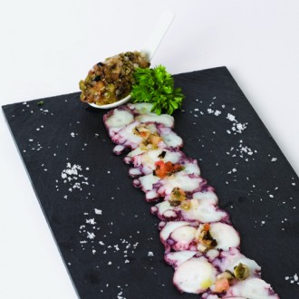 OCTOPUS SALPICÃO WITH A FINE HERB DRESSING